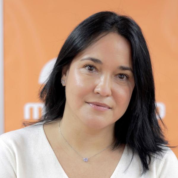 Erika Virginia Pequeño